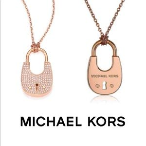 🎉NIB MICHAEL KORS PAVE PADLOCK NECKLACE 🎉